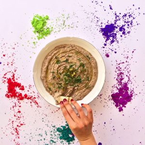 7 Fun Ways to jazz up your hummus!