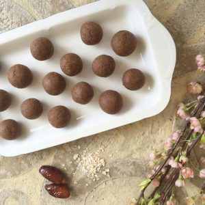 Vegan Date & Oat Truffles - Raw Vegan, Raw Veganism, Raw Vegan Diet, Raw Foods Diet