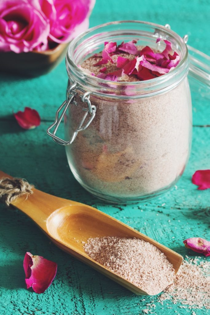 Luxurious Floral Bath Soak: Clean Eating Mag