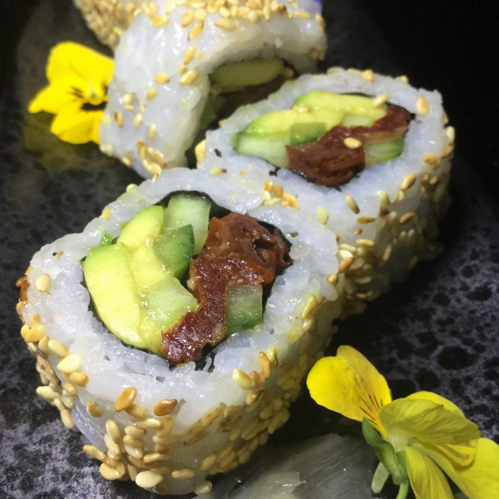Buddha-Bar-Avocado-Tomato-Maki